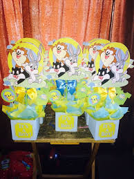 baby looney tunes baby shower decorations 68 best 18 looney tunes decor images on looney