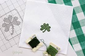 yesterfood little shamrock cross stitch