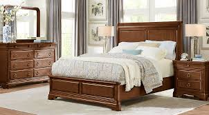 cherry sleigh bed fairfield lane cherry 5 pc queen sleigh bedroom queen bedroom