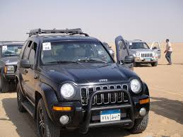 beige jeep liberty s l i t c h 2004 jeep libertylimited edition sport utility 4d
