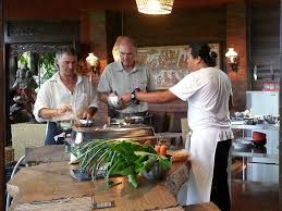 cours de cuisine a 2 cooking lessons ubud pariliana