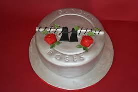 fun wedding cake ideas grooms cakes red wine