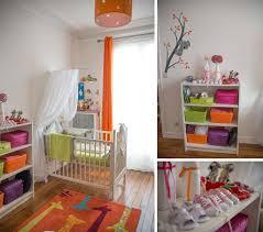 coin b b chambre parents une chambre de b b blanche orange et verte du peps et de la avec