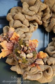 Halloween Wreath Tutorial by Best 25 Fall Wreath Tutorial Ideas On Pinterest Wreath Making