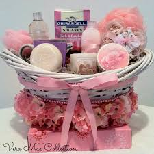 what to put in a spa basket spa gift basket pinterest spa