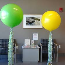 balloon delivery grand rapids mi 70 best balloon columns images on balloon columns