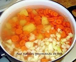 cuisiner des carottes en rondelles pommes de terre et carottes sauce citronnée