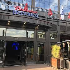 Top 100 College Bars Wrigleyville Bars Guide To 48 Spots Around The Ballpark Chicago