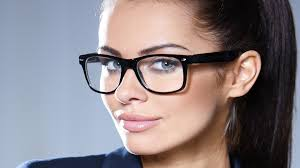 wearing glasses during a speech public speaking youtube