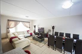 Bedroom Garden Cottage To Rent In Centurion - results for rent in property in south africa junk mail