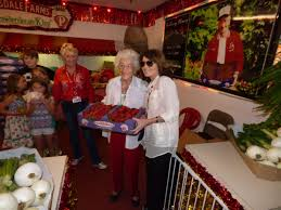 palin stumps for trump at strawberry festival tbo com