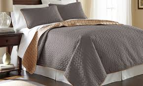 Queen Bed Coverlet Set 54 Off On Solid Reversible Coverlet Set Groupon Goods