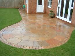 Garden Paving Ideas Uk Circular Paving In Back Garden Make Your Home Design Dreams Come
