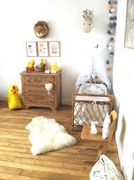 armoire vintage chambre beau chambre bebe vintage et dressing vintage pour chambre denfant