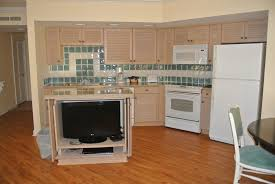 Kitchen Islands Com by Tv In Kitchen Island Kelly Hudler Keytotheworldtravel Com