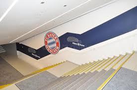 treppen m nchen treppe in die allianz arena in münchen deutschland redaktionelles