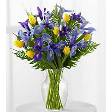 horizons iris u0026 tulip bouquet