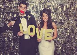 photo booth backdrops 14 unique photobooth backdrop ideas for your wedding