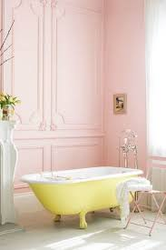 Yellow Tile Bathroom Paint Colors by Best 25 Pink Bathroom Paint Ideas On Pinterest Painting Tile