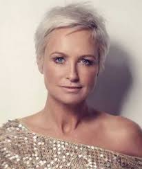 short hairstyles for fine hair the older woman hairstyles