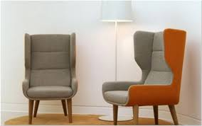 comfortable chair for reading what you must know about comfortable chairs for family room best