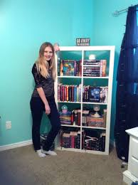 How To Organize Bookshelf Organizing My Bookshelf Youtube