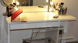Vanity Set With Lights For Bedroom Vanity Set With Lights And Mirror New Bedroom Makeup Small Within