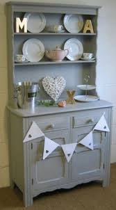 Kitchen Dresser Shabby Chic by Best 10 Dresser Top Decor Ideas On Pinterest Dresser Styling