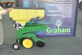 John Deere 7200 Planter by John Deere 7200 Graham Planter