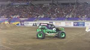 grave digger 30th anniversary monster truck grave digger freestyle monster jam orlando 2017 driver carl van