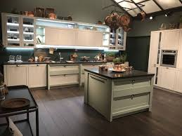 are two tone kitchen cabinets in style 2020 best two tone kitchen cabinets ideas of 2020 the