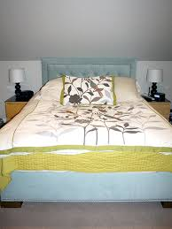 Diy Headboard Fabric Diy An Upholstered Headboard Remodelaholic Com Headboard Bed