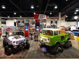 jeep forward control sema jeep fc 170 pickup has tracks hemi v8 and acid green paint