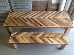table de cuisine en palette récupéré table de cuisine en bois palette et grange avec