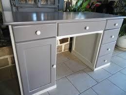 relooker un bureau en bois repeindre un bureau en bois 101538436 o lzzy co