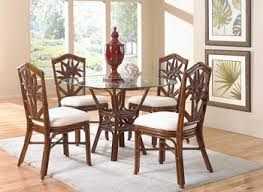 Rugs For Under Kitchen Table by Area Rugs For Dark Hardwood Floors Dining Room Contemporary With