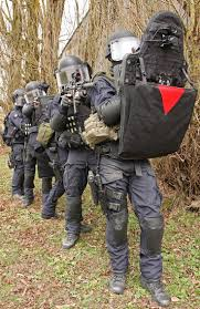 Us Commandos Enter Eastern Syria And Kill Senior Isis by 1439 Best Police Army Gear Images On Pinterest Military Special