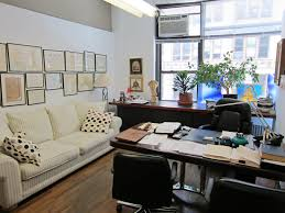 Cute Office Decorating Ideas by Awesome Home Office Decorating Ideas With Cream Rectangle