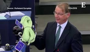 parlement europ n si e au parlement européen emmanuel macron propose plus d europe pour