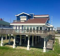 Beach House In Galveston Tx Beach House Sleeps 11 Beachfront W Elevator Houses For Rent In