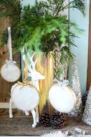 ornament diy using faux fur for the season