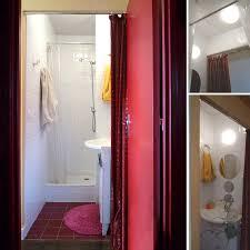 mini salle d eau dans une chambre raynaud dans le métro chez henriette l