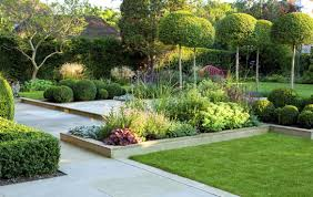 garden designer award winning designer lynne knows our area really well and