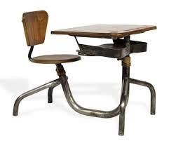 bureau prouvé jean prouvé bureau d écolier structure en de métal assise