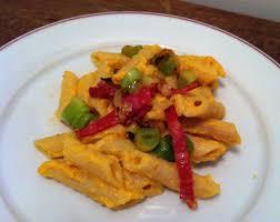 cuisiner des oignons pâtes à la crème de courge chorizo et oignons frais envie de cuisiner