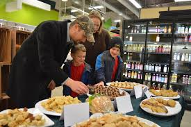 new pi offers free thanksgiving food sles in cedar rapids and