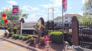 the school at spring garden student apartments off campus housing the school at spring garden student apartments off campus housing greensboro nc forrentuniversity com