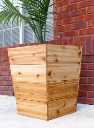 Free Wooden Box Plans by How To Build A Diy Tapered Cedar Planter