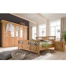 Bilder Schlafzimmer Landhausstil Nauhuri Com Schlafzimmer Landhausstil Kiefer Neuesten Design