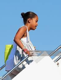 us first daughter malia obama boards air pictures getty images